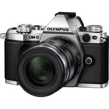 Olympus OM-D E-M5 Mark II + 12-50/3,5-6,3